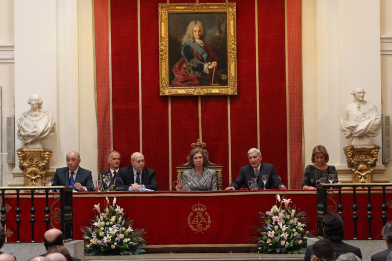 Queen Sofia at the Royal Academy of Arts.