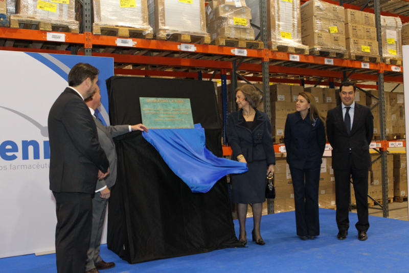 Queen Sofia inaugurates new pharmaceutical facilities in Guadalajara.