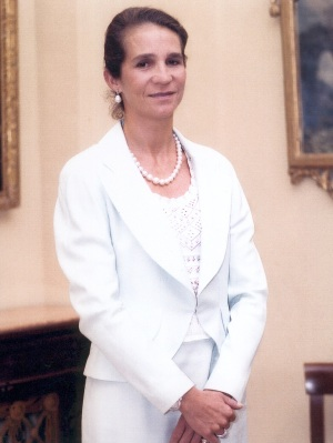 Infanta Elena is known for her stylish and very Spanish dress style.