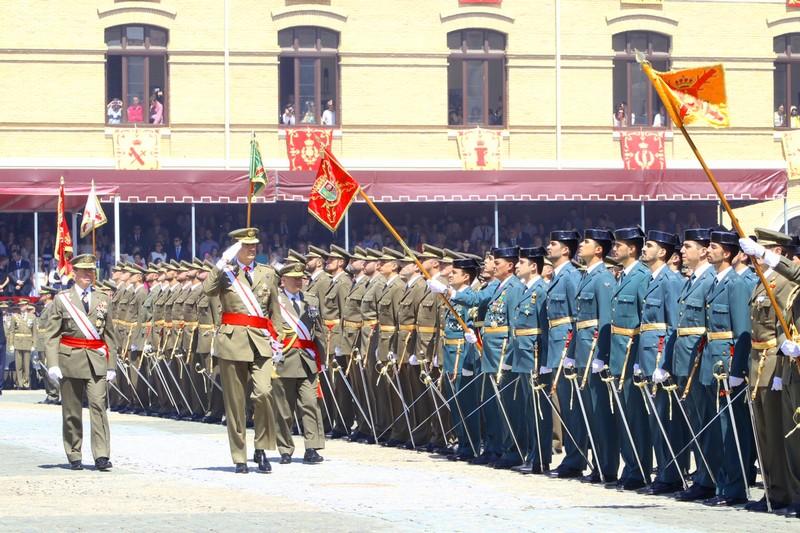 King Felipe welcomes recruits at the Zaragoza Military Academy.
