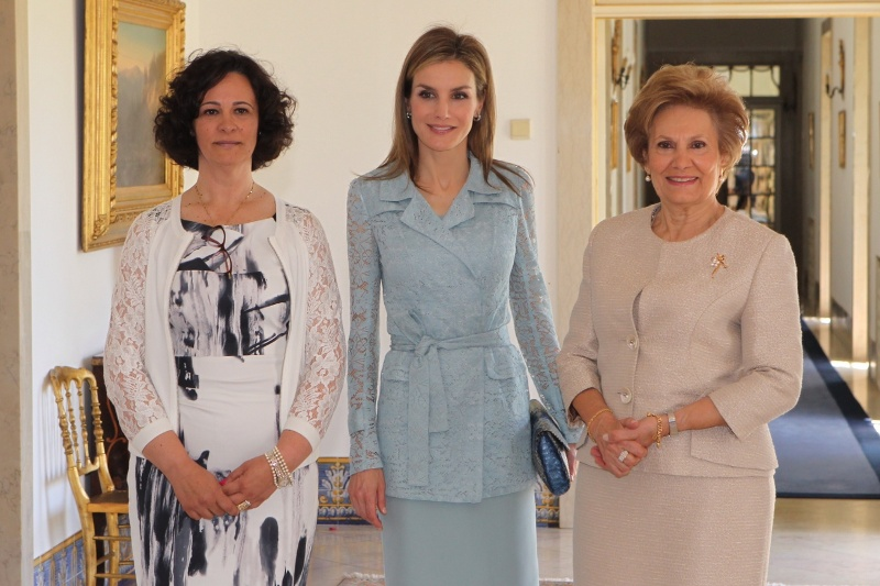 Queen Letizia with Portuguese First Lady María Cavaco Silva and Paula Cost, President of the Portuguese National Association of Mental and Rare Diseases.