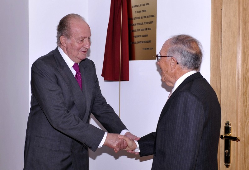 King Juan Carlos at the Royal Academy of Social Sciences this week. © Casa de S.M. el Rey / Borja Fotógrafos