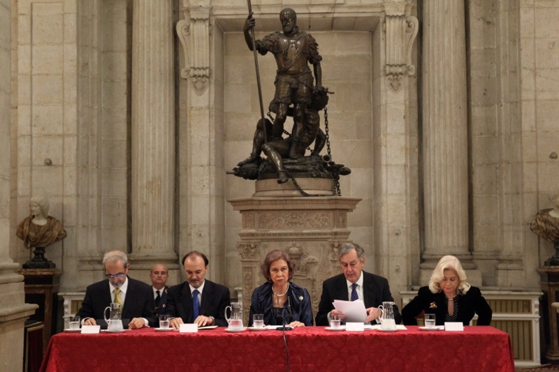 Queen Sofia presiding over poetry awards ceremony at the Royal Palace in Madrid. © Casa de S.M. el Rey / Borja Fotógrafos