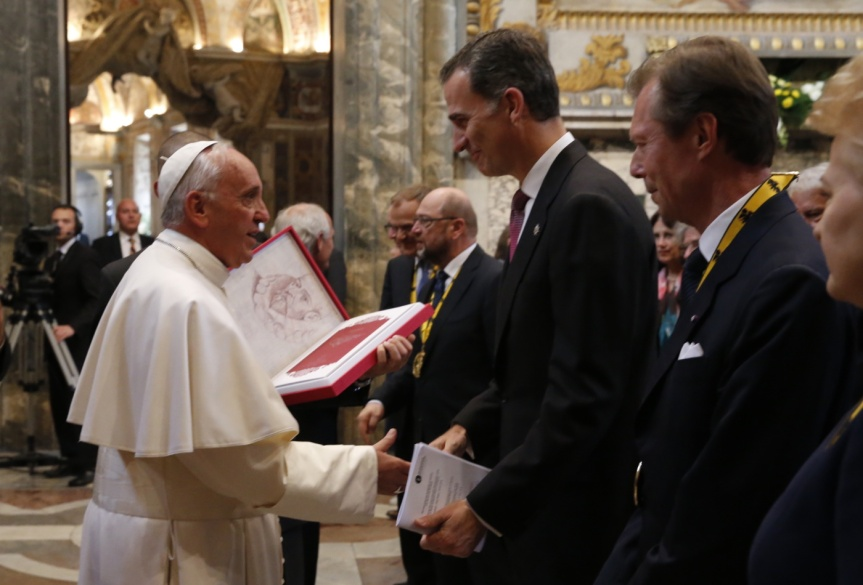 Rey_Vaticano_Carlomagno_20160506_007