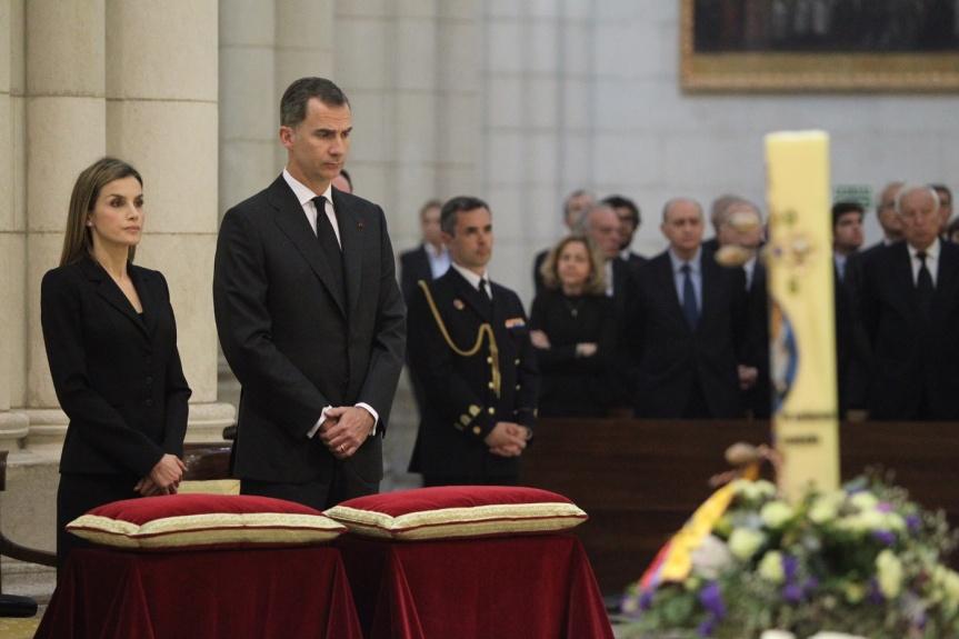 reyes_funeral_terremoto_ecuador_20160517_04
