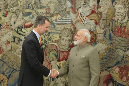 rey_primer_ministro_india_20170531_01