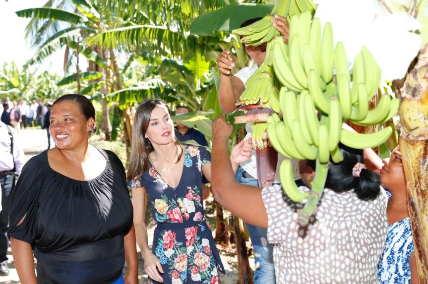 reina_viaje_cooperación_republica_dominicana_haiti_20180522_43